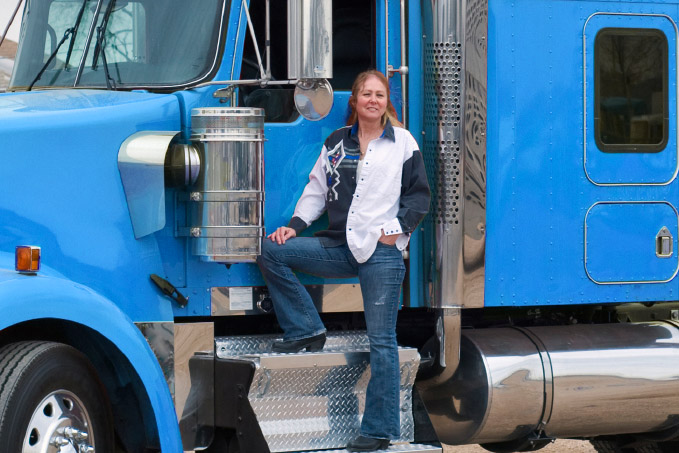 women in the trucking industry